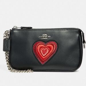 Authentic COACH leather large wristlet 19-Heart ❤️